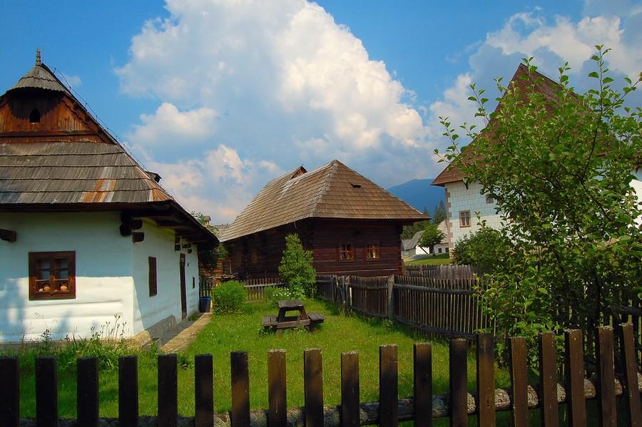 Slovenské hádanky patria k folklóru nášho národa.