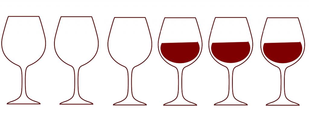 Logická úloha s pohármi. Ako docielite, aby sa striedal plný pohár s prázdnym, ako môžete premiestniť iba jeden z nich?